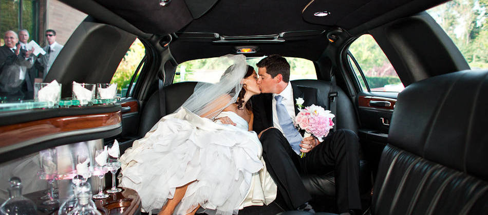 Elegant Wedding Limo Service – Premier Service for Your Big Day
